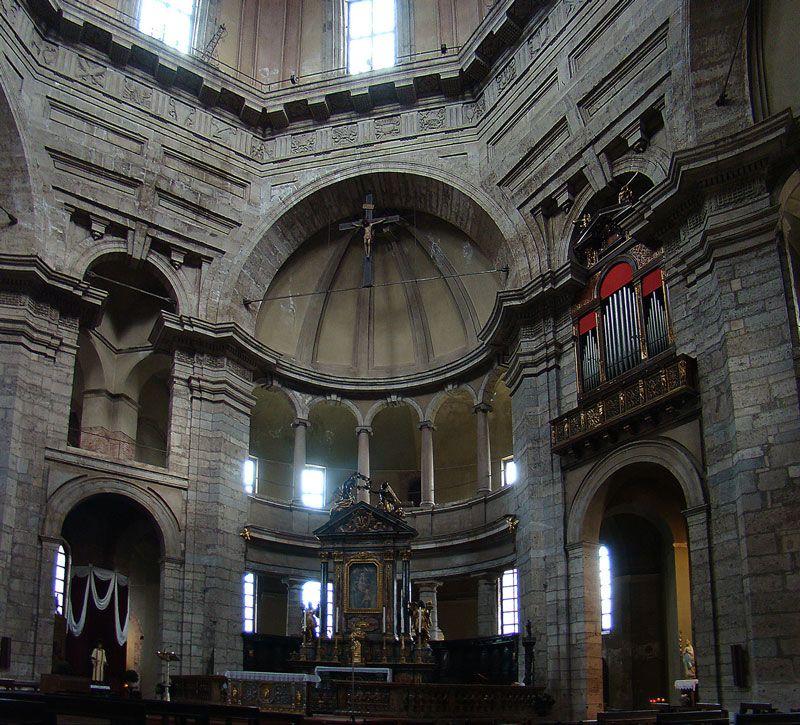 Basilica of San Lorenzo Maggiore ( Interior), Milan ...