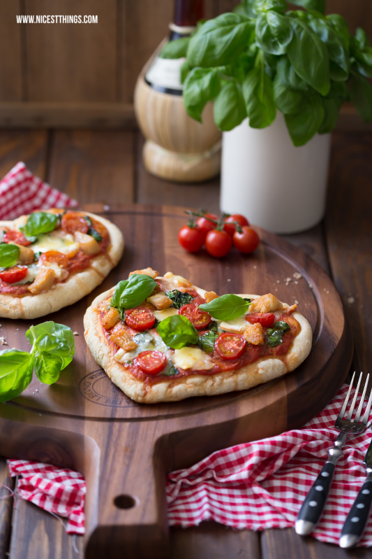 pizza herz herzpizza mit g ramont und h hnchen food pinterest pizza h hnchen und backen. Black Bedroom Furniture Sets. Home Design Ideas