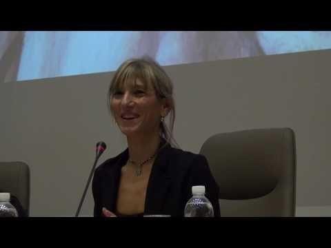 Perdonare è donna, ovvero Amare e lasciarsi Amare - Costanza Miriano, scrittrice, giornalista - YouTube