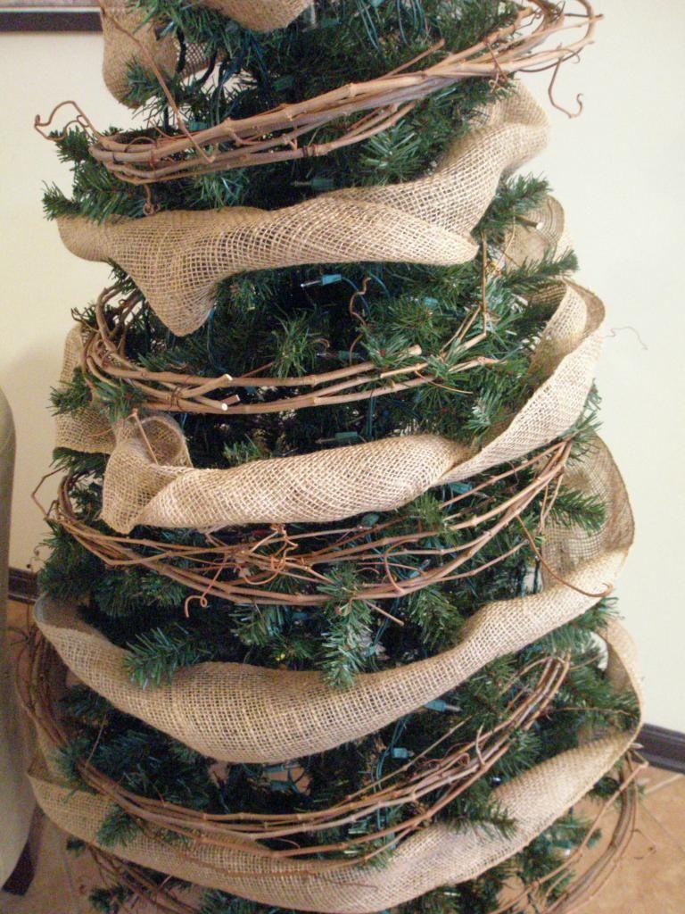 burlap and grapevine garland wwwadorbymelissacom - Grapevine Garland Christmas Decorations