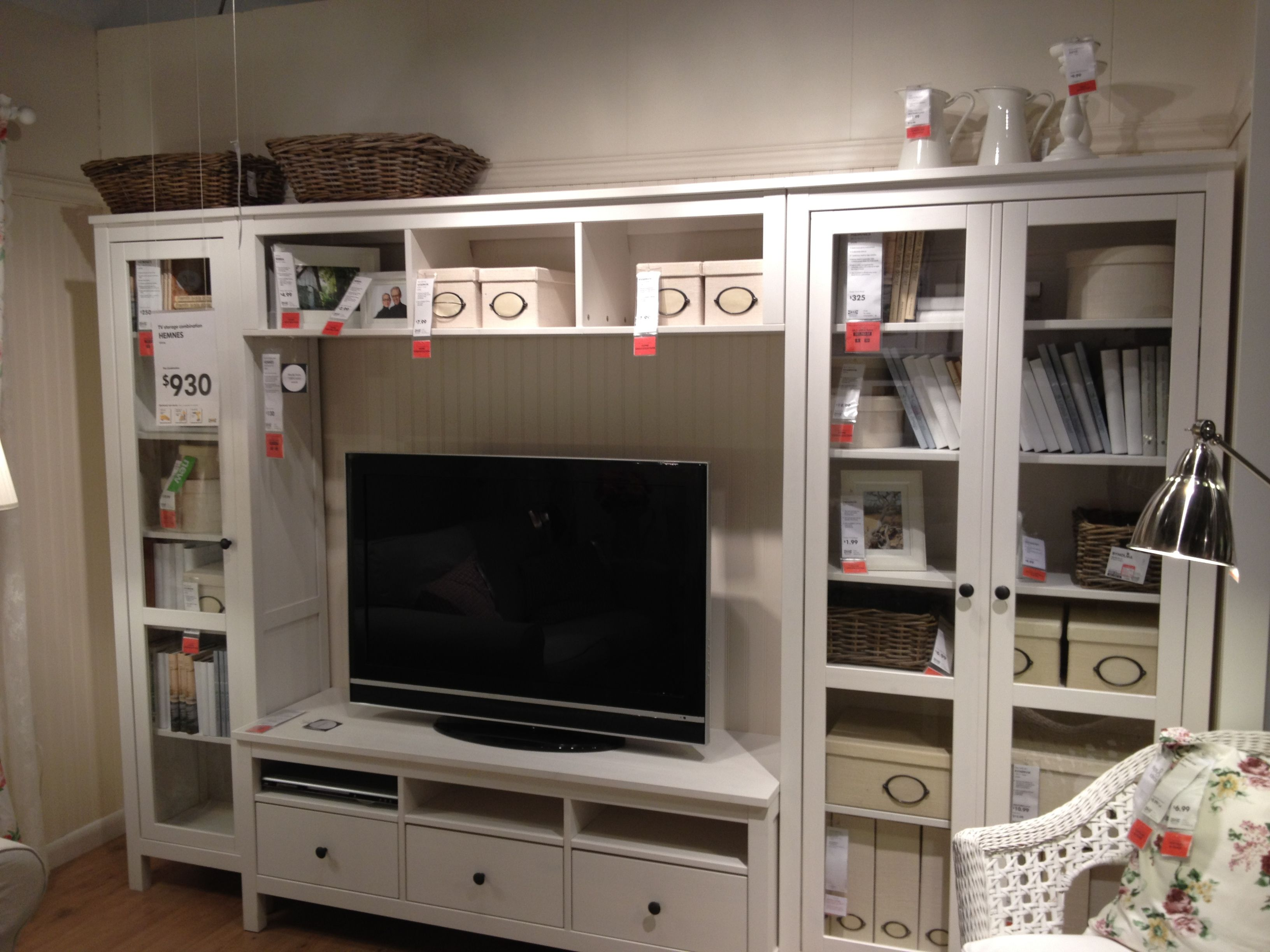 Tv storage combination ikea hemnes 930 loft pinterest for Agencement de stand