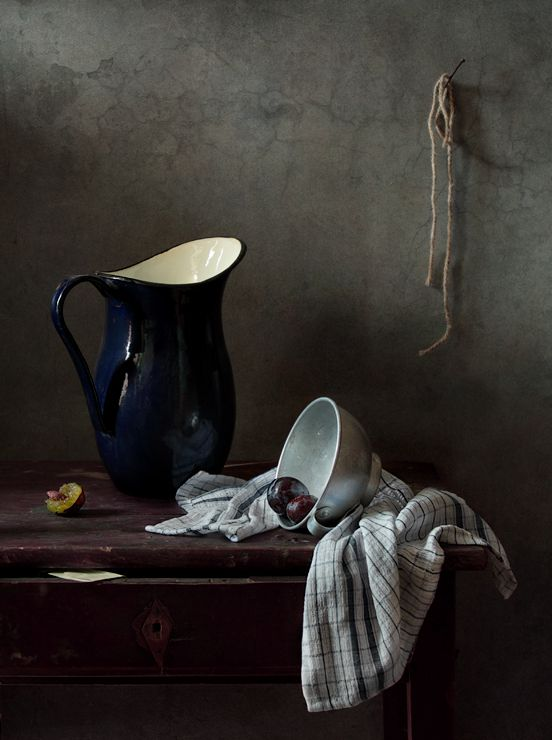 Сливы и синий кувшин © Диана Амелина #Still #Life #Photography