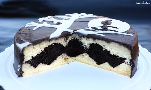 Halloween Bat Cake by iammommy #Halloween #Cake #Bat #iammommy