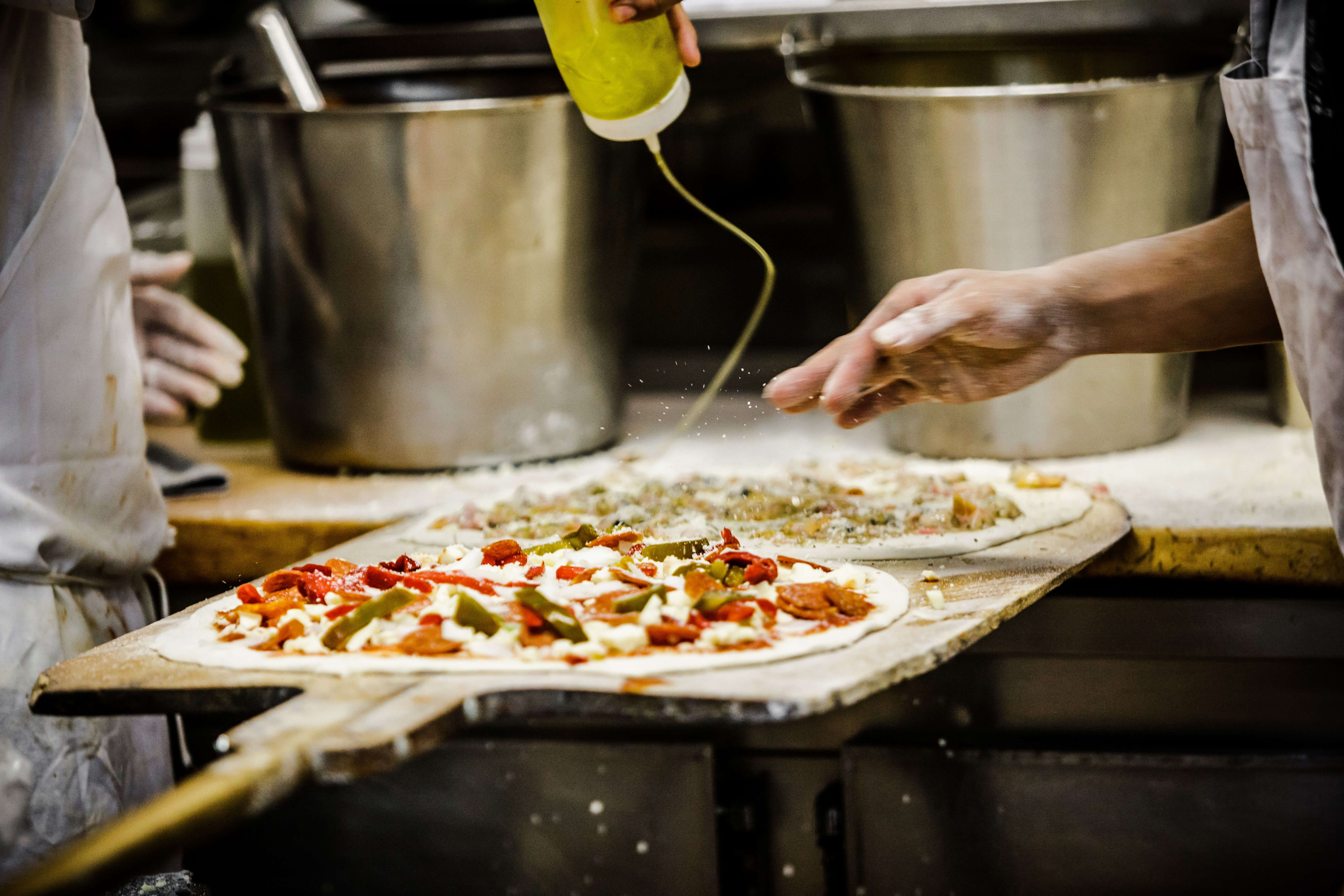 Welcome To Frank Pepe Pizzeria Napoletana Voted The Worlds