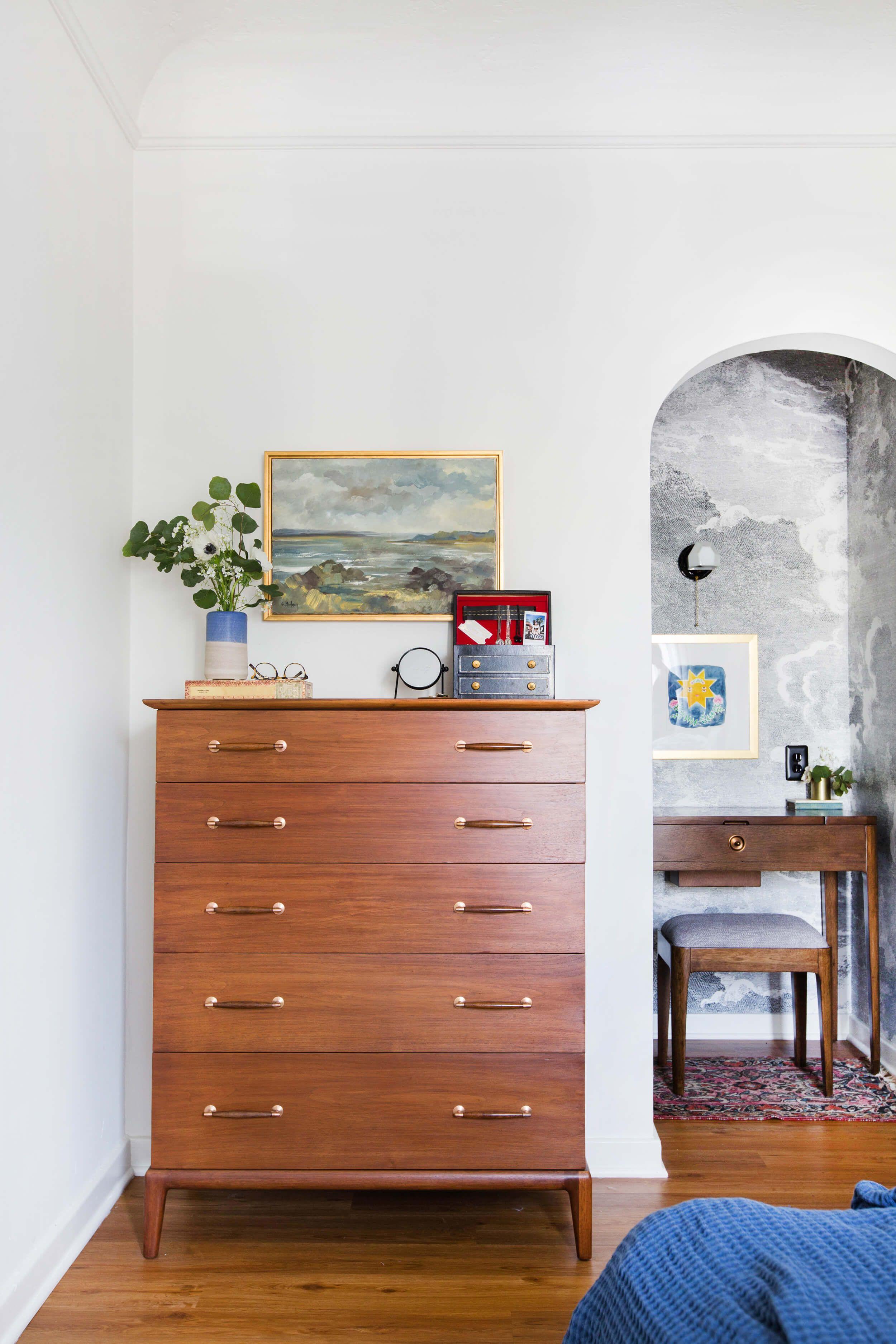 Best Sara S Bedroom Reveal Bedroom Dresser Styling Home 400 x 300