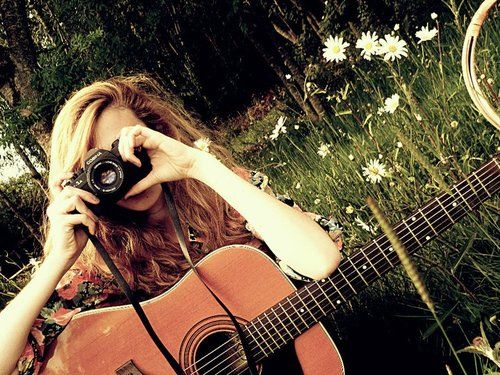 224 Best Images About Girls With Guitars On Pinterest: A Beautiful Girl, Taking Pictures While Holding Her Guitar