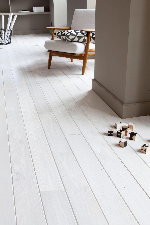 parquet blanchi javel excellent et si on optait pour du. Black Bedroom Furniture Sets. Home Design Ideas