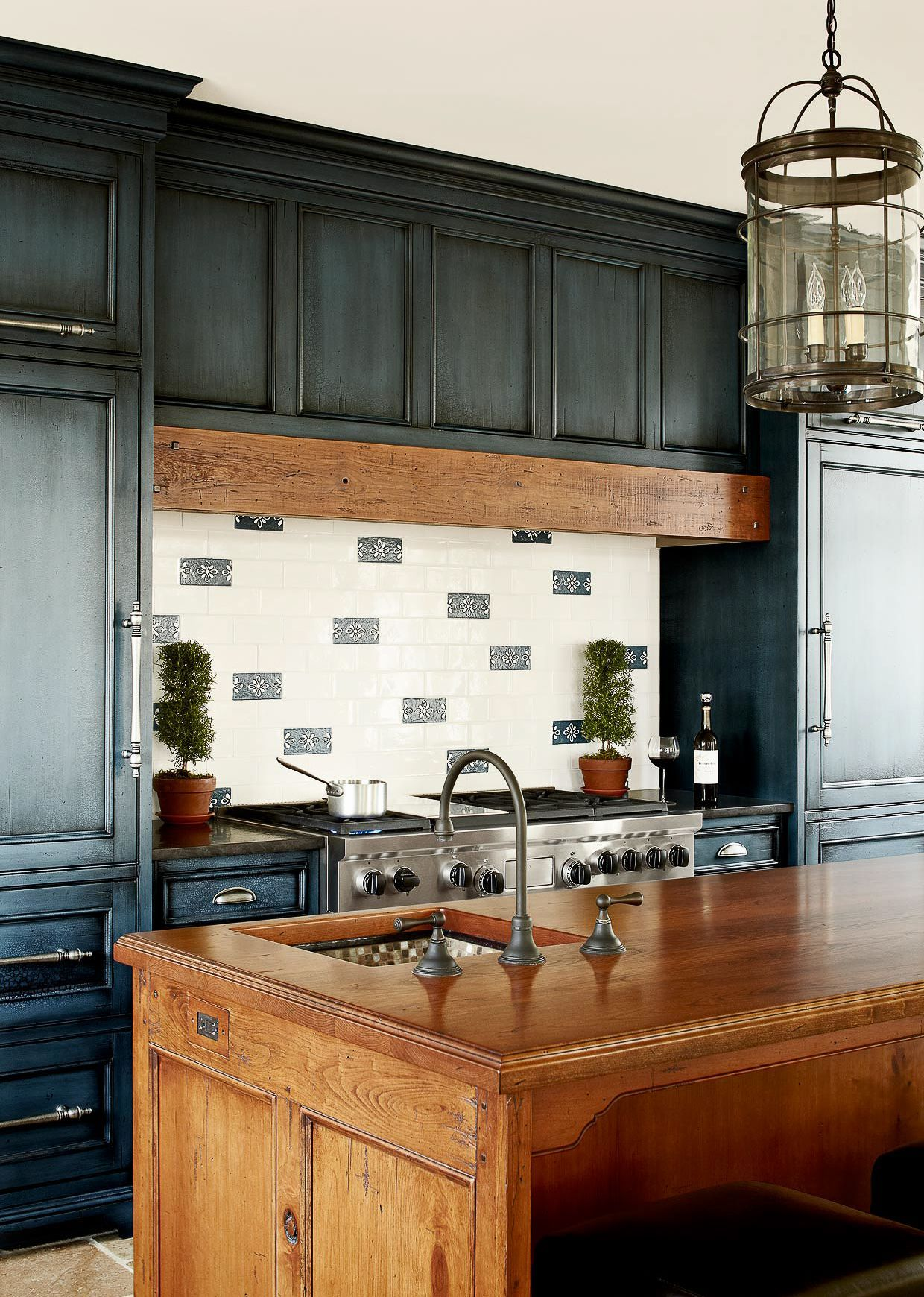 Distressed Kitchen Cabinets Painted Kitchen Cabinets Colors Navy Kitchen C In 2020 Distressed Kitchen Cabinets Painted Kitchen Cabinets Colors Distressed Kitchen