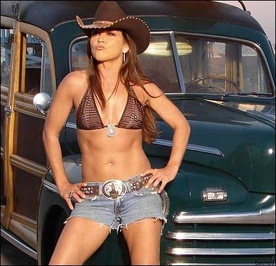 Are Gretchen wilson nude showing pussy