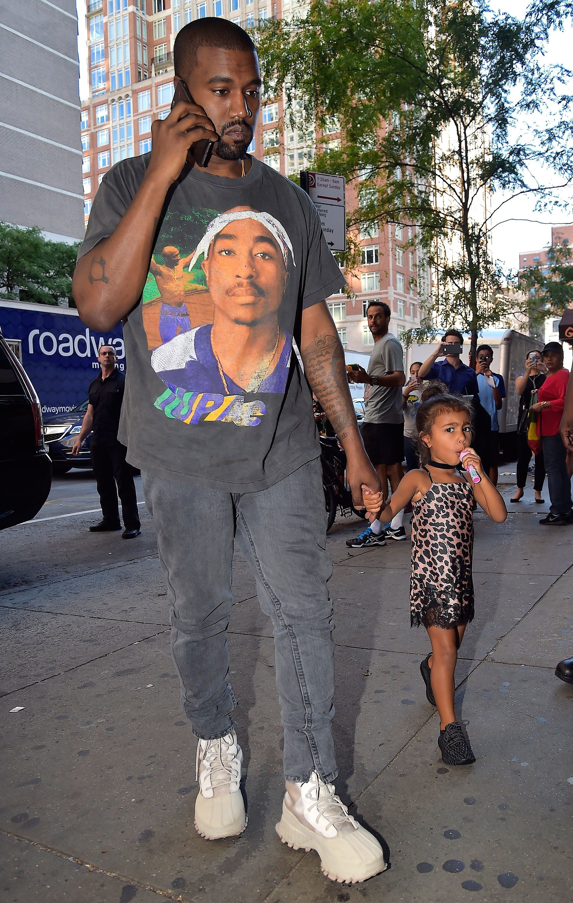 Happy 40th Birthday Kanye 5 Ways To Get His Cool Dad Look Kanye West Outfits Kanye West And Kim Dad Fashion
