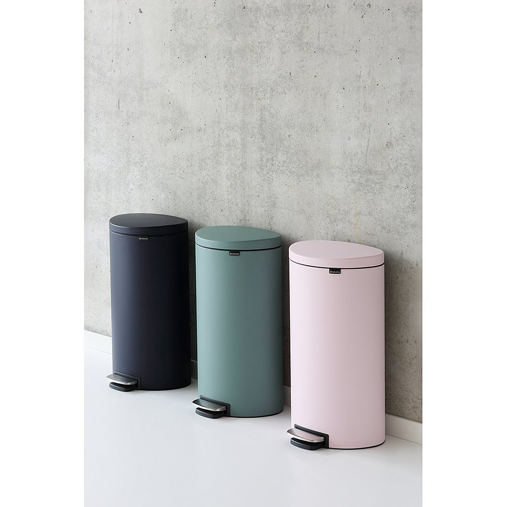 Brabantia Prullenbak 40 Liter.Brabantia Flatback Pedaalemmer 40 L Mineral Pink Skoypes Eidh