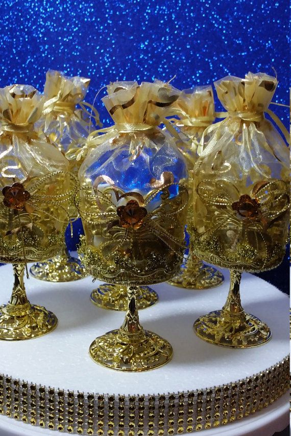 12 royal gold cups favors for a royal prince baby shower. Black Bedroom Furniture Sets. Home Design Ideas