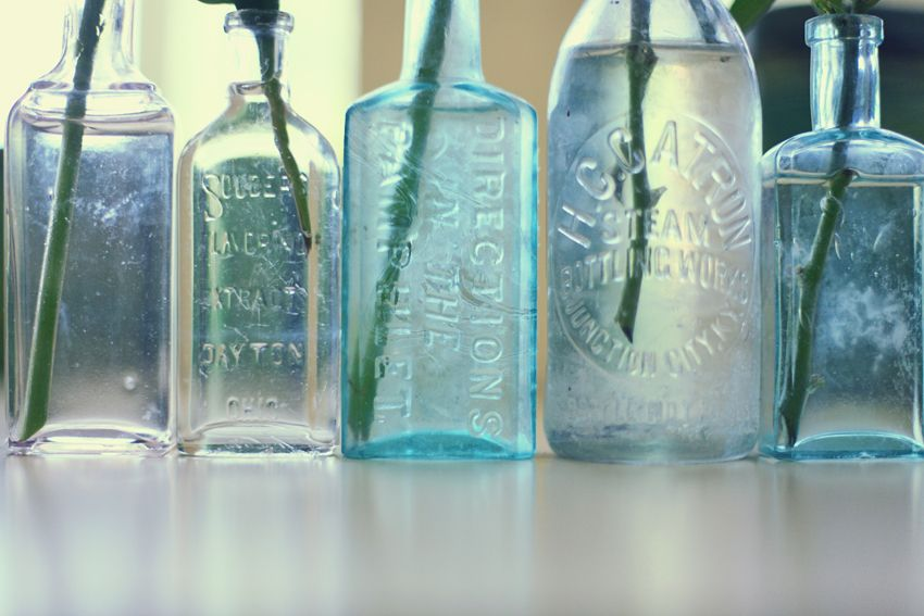 How To Decorate Old Bottles Best Decorate With Antique Glass Bottles » Lukas & Suzy International Inspiration Design