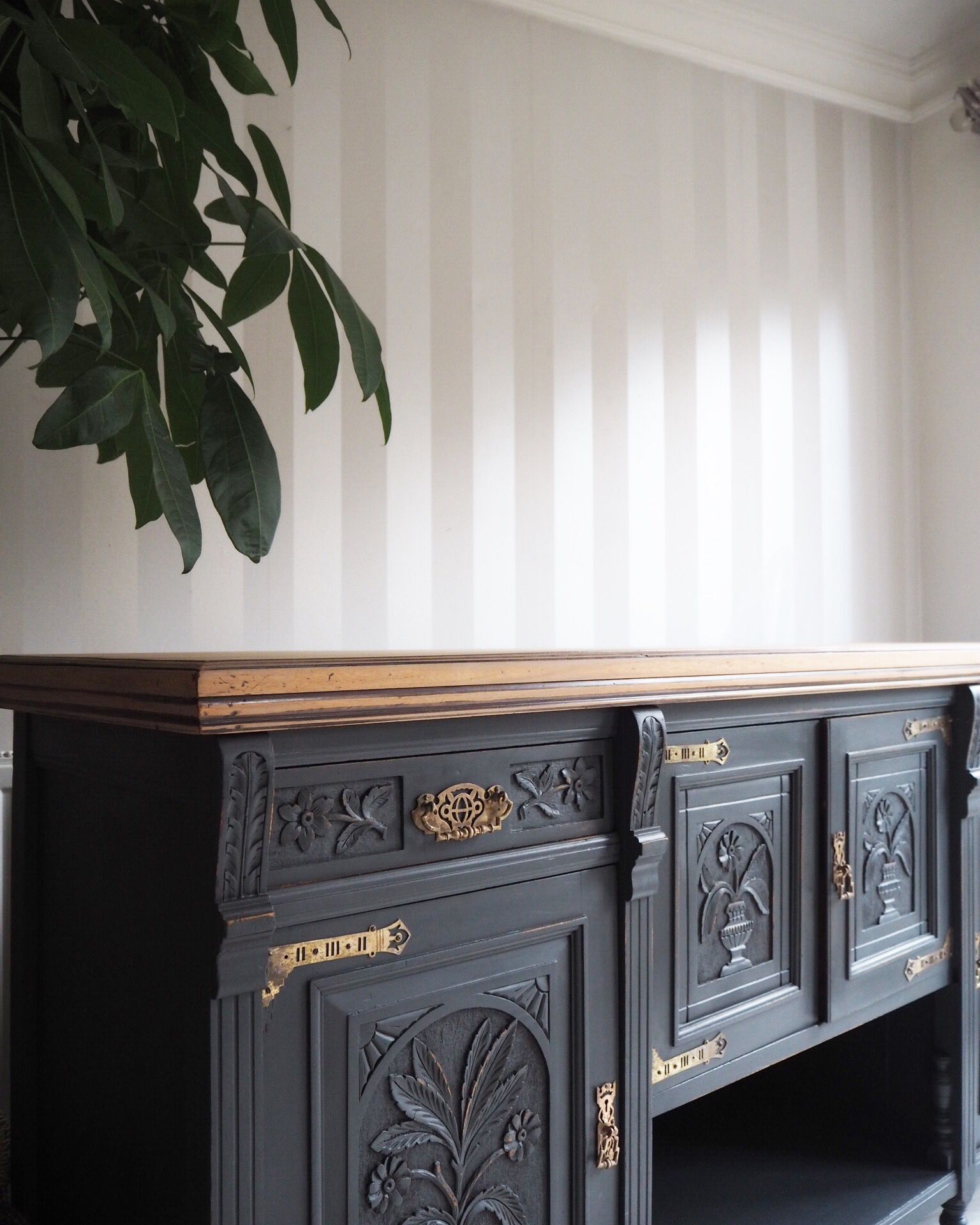 Sideboard Painted In Ash By Fusion Mineral Paint Fusionmineralpaint French Frenchchic Frenchstyle Furniture Shabbychic Livingroom