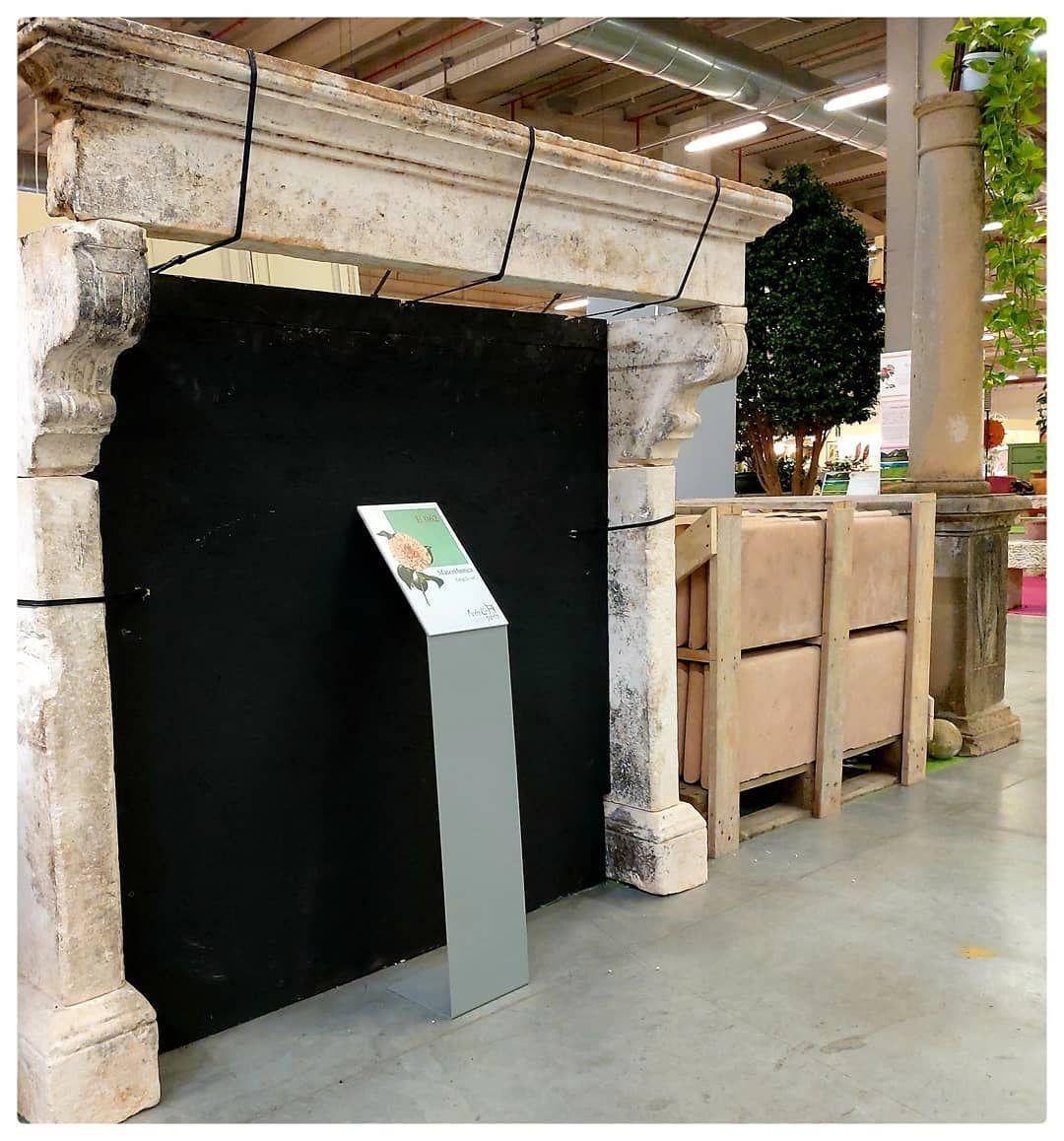 Dettagli Camino Di Meta 800 In Pietra Della Majella Scale Di Recupero In Pietra Del Furlo Colonna In Pietra Arenaria P Outdoor Decor Decor Home Decor