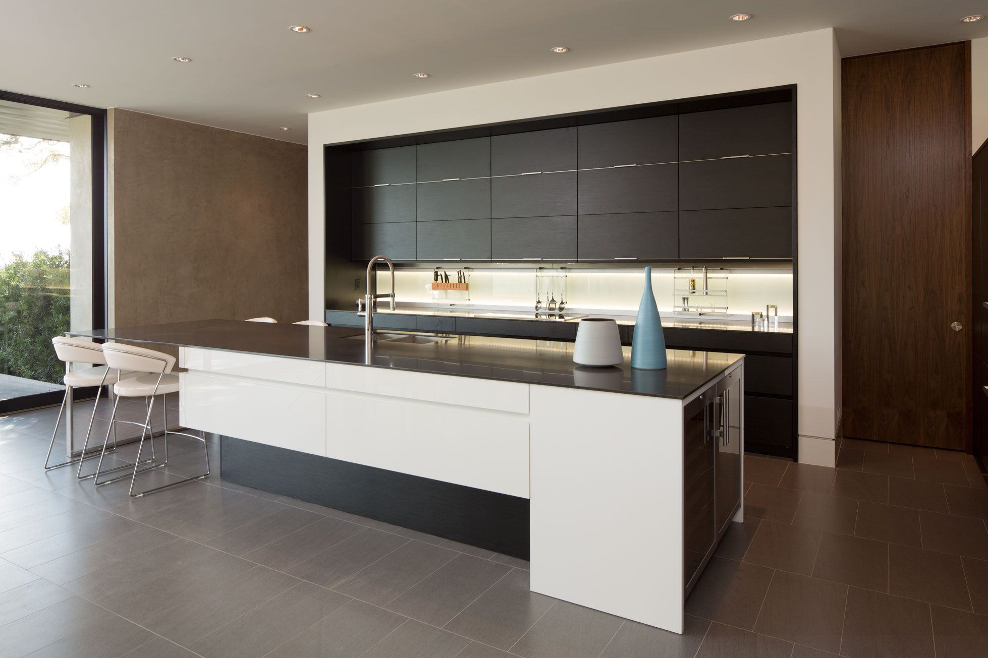 Skyline Project Austin Tx Kitchen Cabinets By Leicht Program Orlando Kh257 Black Sediment With