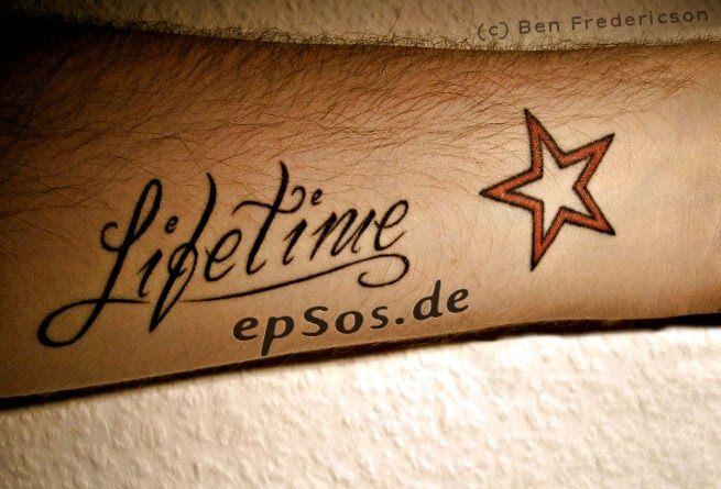 Gambar Tato Bintang Keren Hasil Koleksi Ini Kami Dapat Dari Pencarian Google Bluebird Ciri Khas Seorang Star Tattoos Star Tattoos For Men Tattoo Lettering