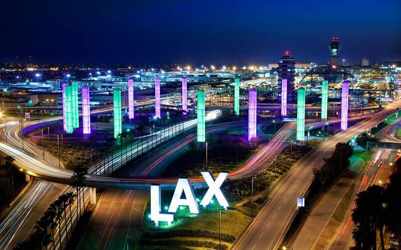 The World S Most Beautiful Airport Approaches From Above Los Angeles Airport Los Angeles International Airport Los Angeles