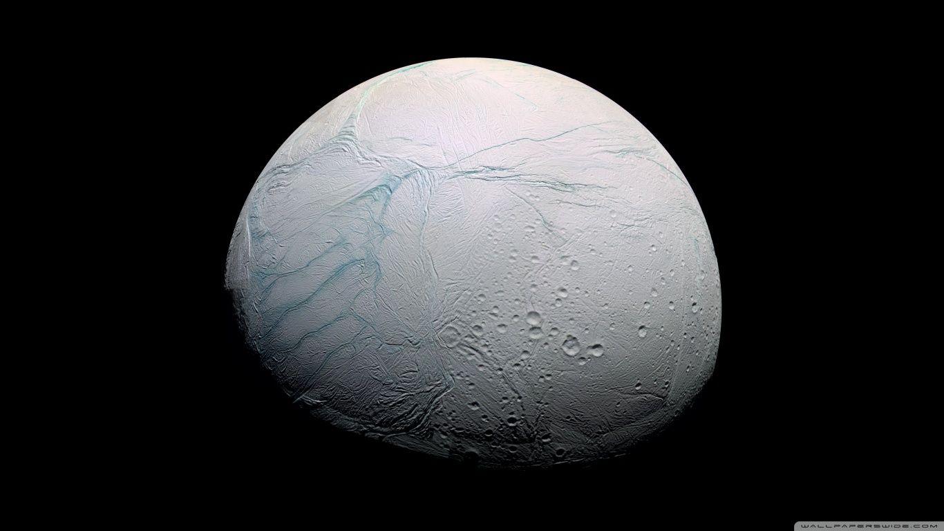 Un océan d'eau liquide sous la surface d'Encelade, petite lune de Saturne