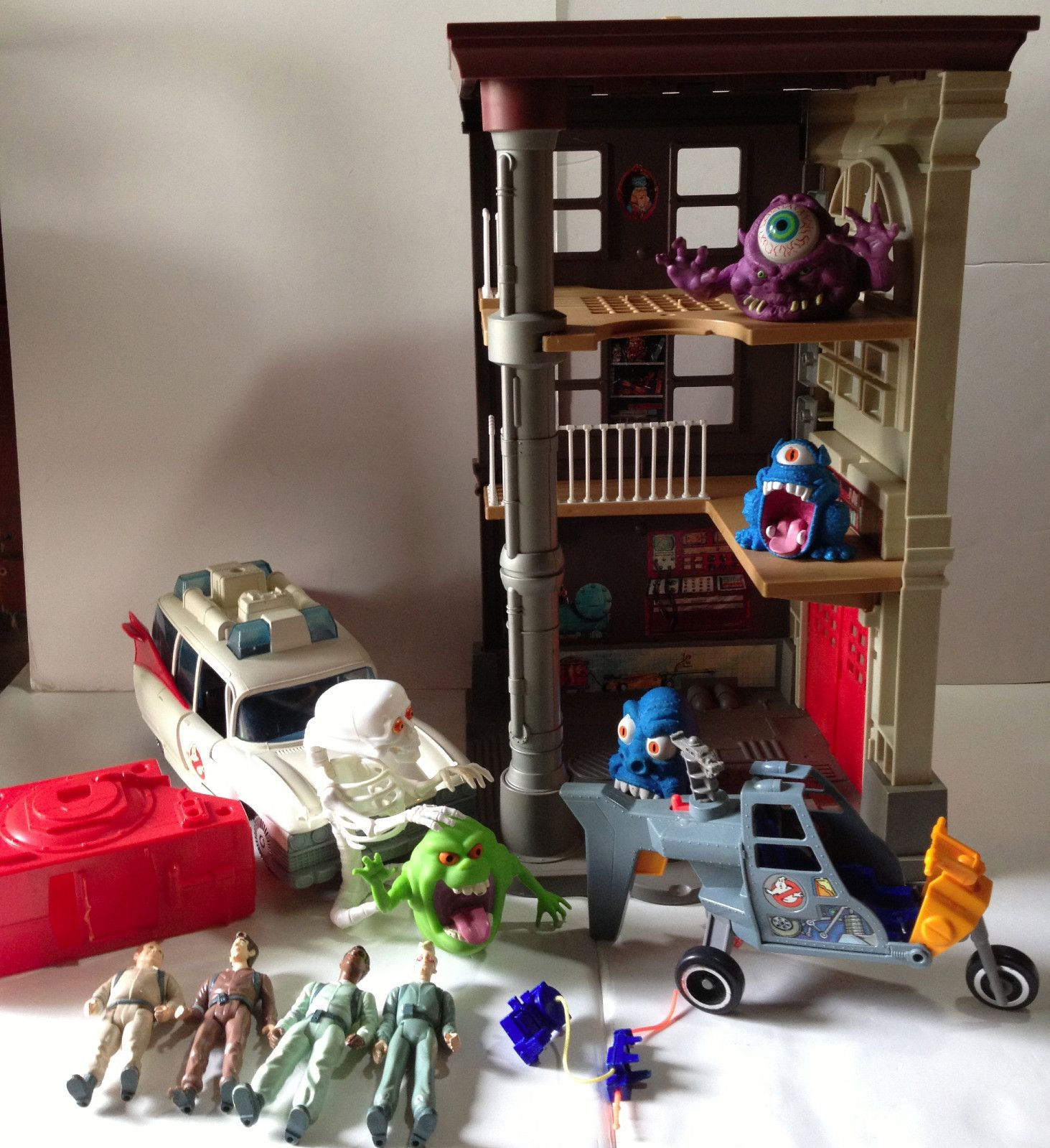 Claasic vintage toys vintage toys second shout out http www - Childhood Toys Ghostbusters Headquarters Fire House Ectomobile Figures Ghosts Vintage