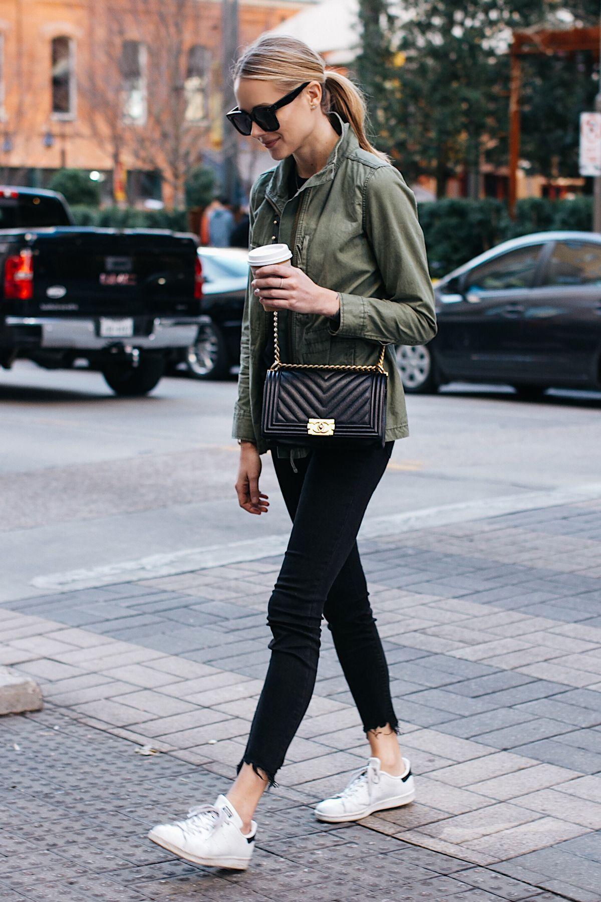 8801345fd8c656 Blonde Woman Wearing Madewell Fleet Jacket Green Jacket Black Skinny Jeans  adidas original Sneakers Chanel Black Boy Bag Fashion Jackson Dallas Blogger  ...