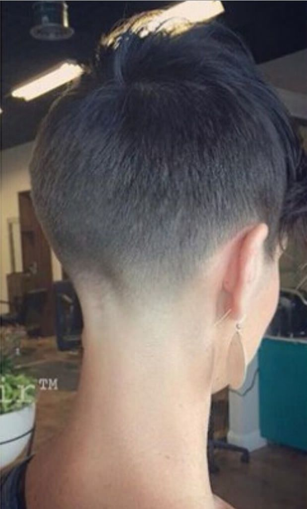 41 Thick Pixie With Full Side Pieces