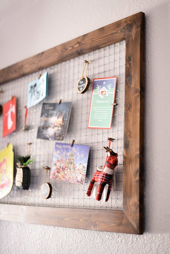 DIY Chicken Wire Christmas Card Holder | Farmhouse Christmas Decor, Christmas  Card Holders And Hang Photos
