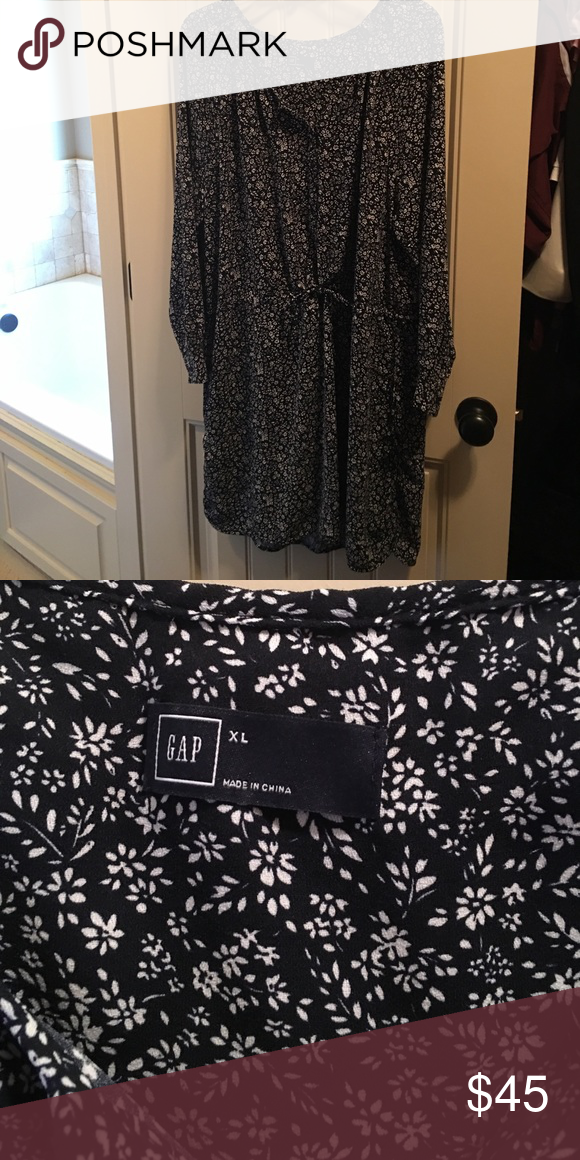Gap Dress Gap Dress, Bran new, never worn, does not have tags. Long sleeve, draw strong waist and pockets. GAP Dresses Long Sleeve