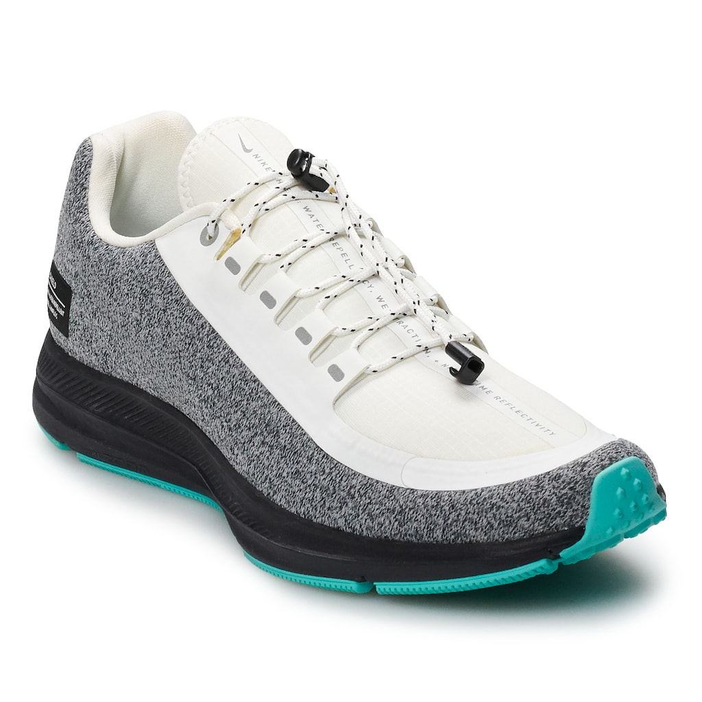 Water resistant shoes, Nike shoe