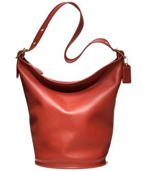 Vintage Coach bucket bag as seen on Refinery 29. My friend gave me one in  navy!  3 696b273a51b20