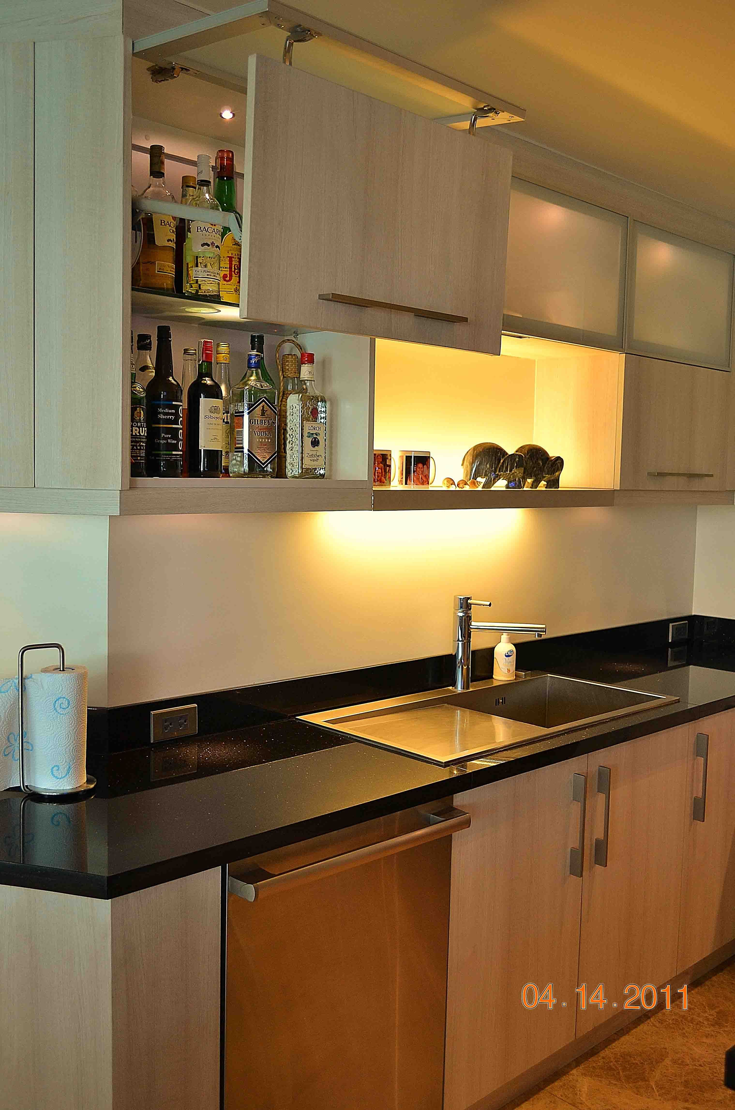 Kitchen cabinets with black granite countertop modular cabinets black granite countertops kitchen cabinets
