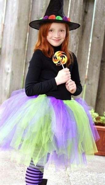 Costumi di halloween per bambini  la strega - Gonna in tulle colorato Fai  Da Te ba415f765d9f