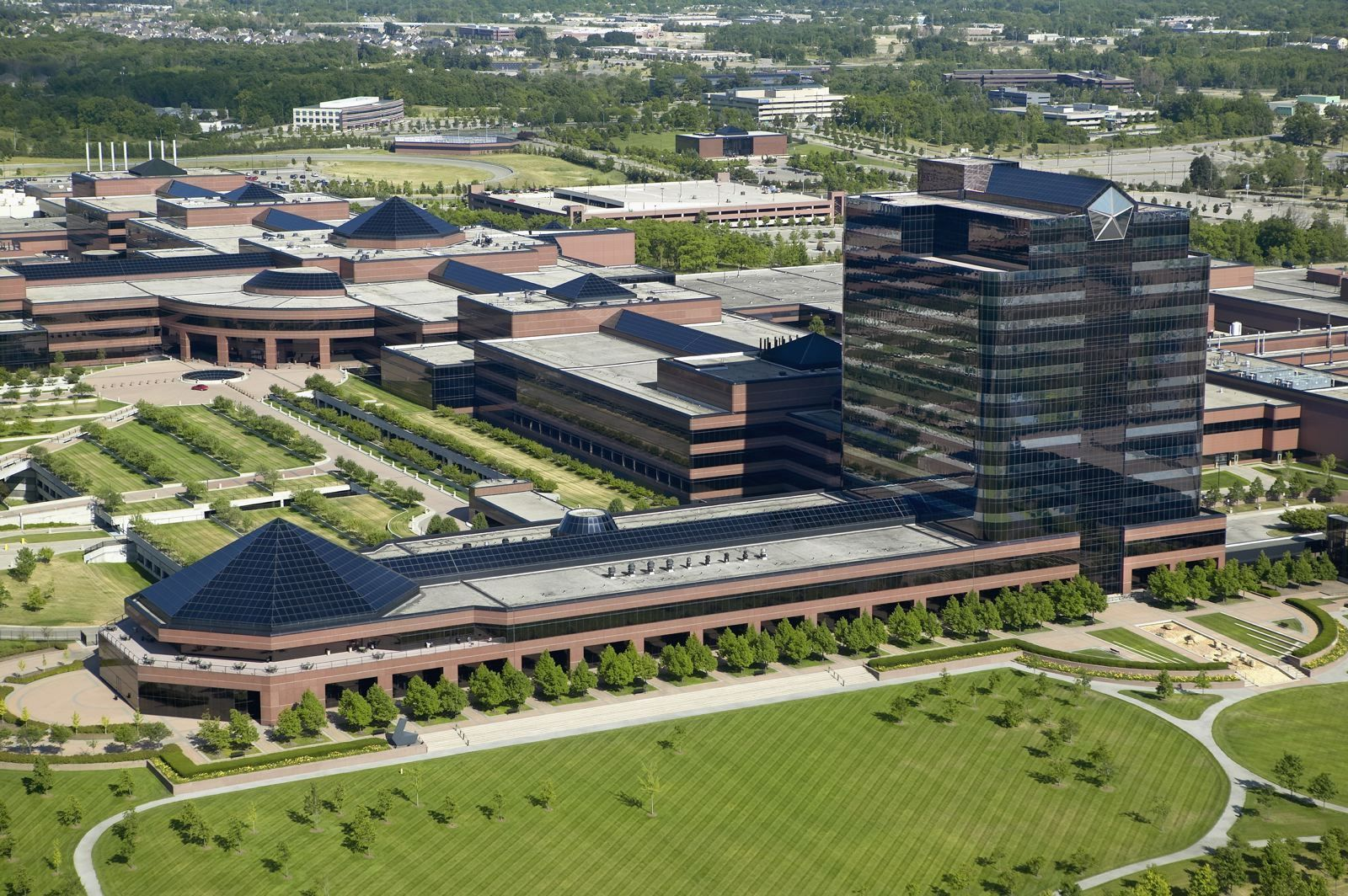 Chrysler Motors World Headquarters,Auburn Hills,MI