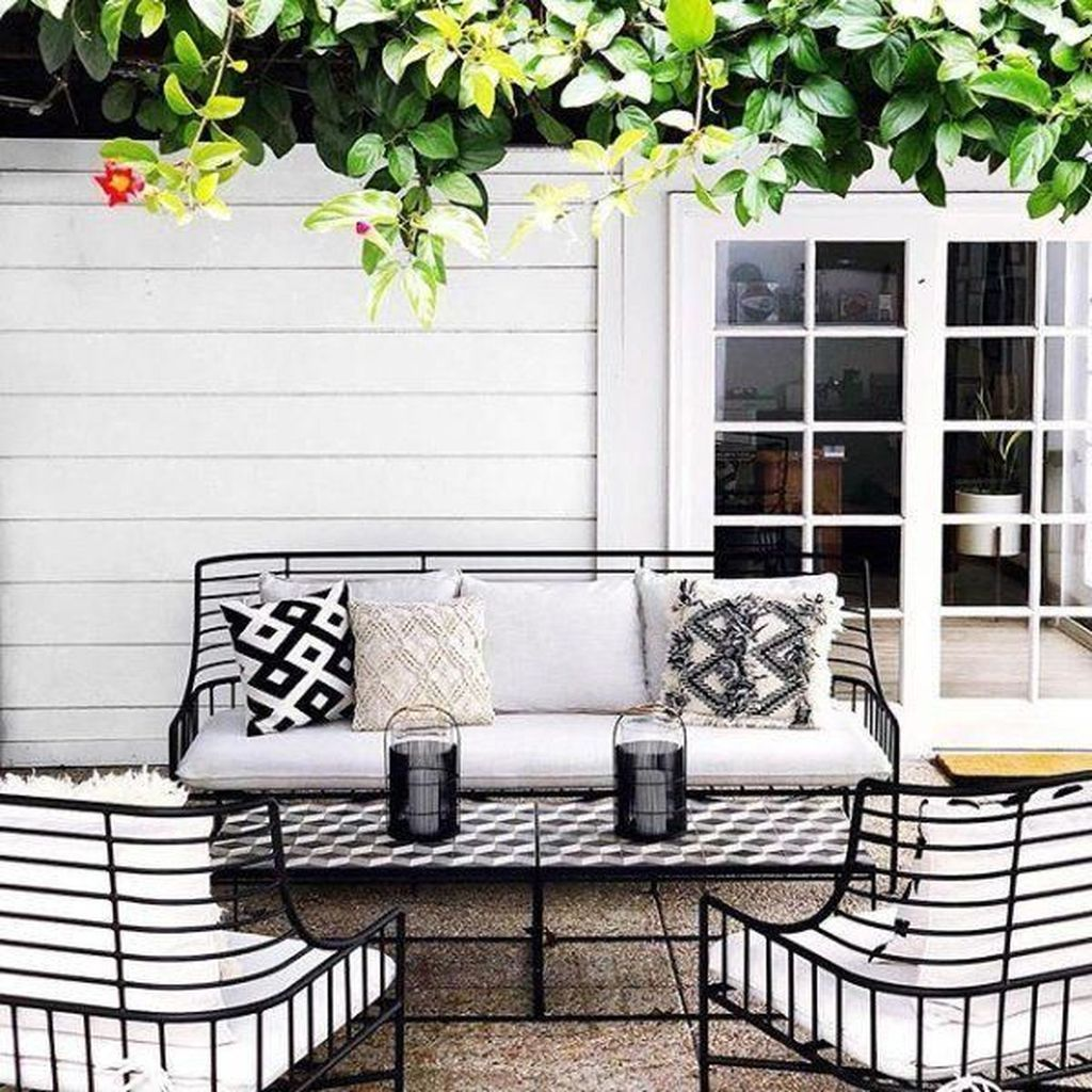 32 Stunning Rustic Patio Decorating Ideas Homyhomee Patio Furnishings Backyard Furniture Outdoor Patio Decor