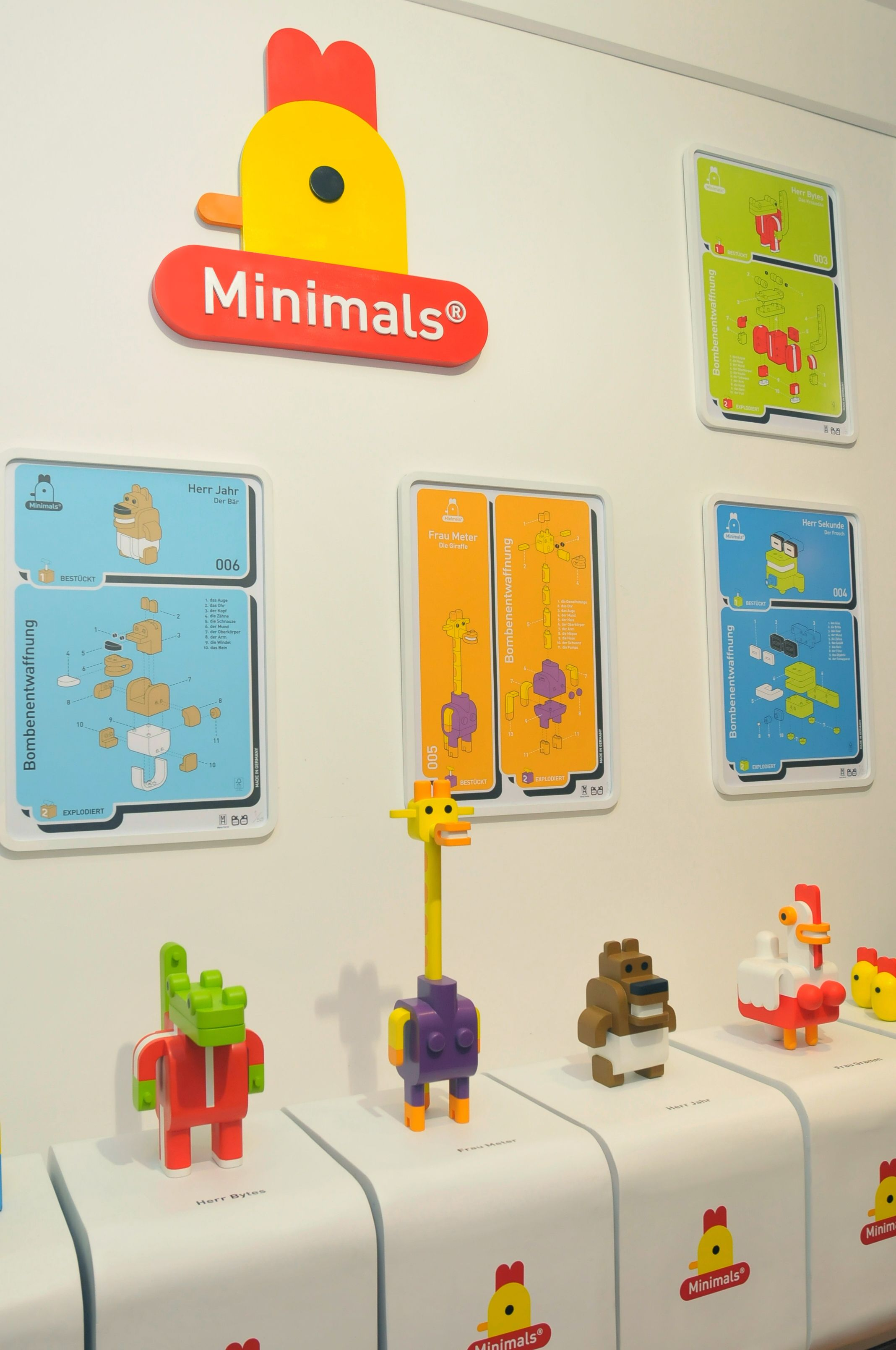 Minimals Exhibition on Behance