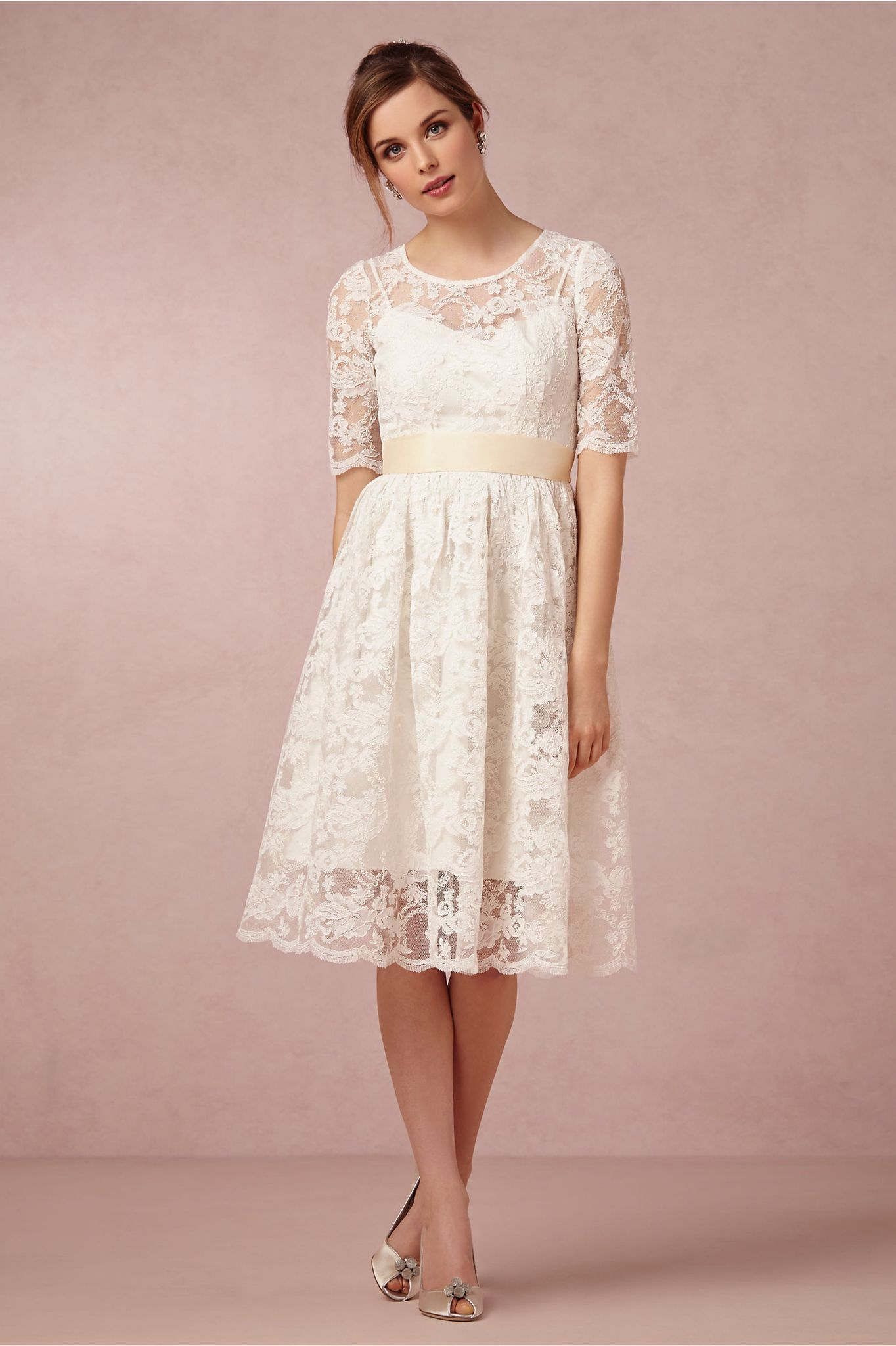 Wedding reception dresses for bride  Vestido corto  Vestidos ideas boda decoración  Pinterest