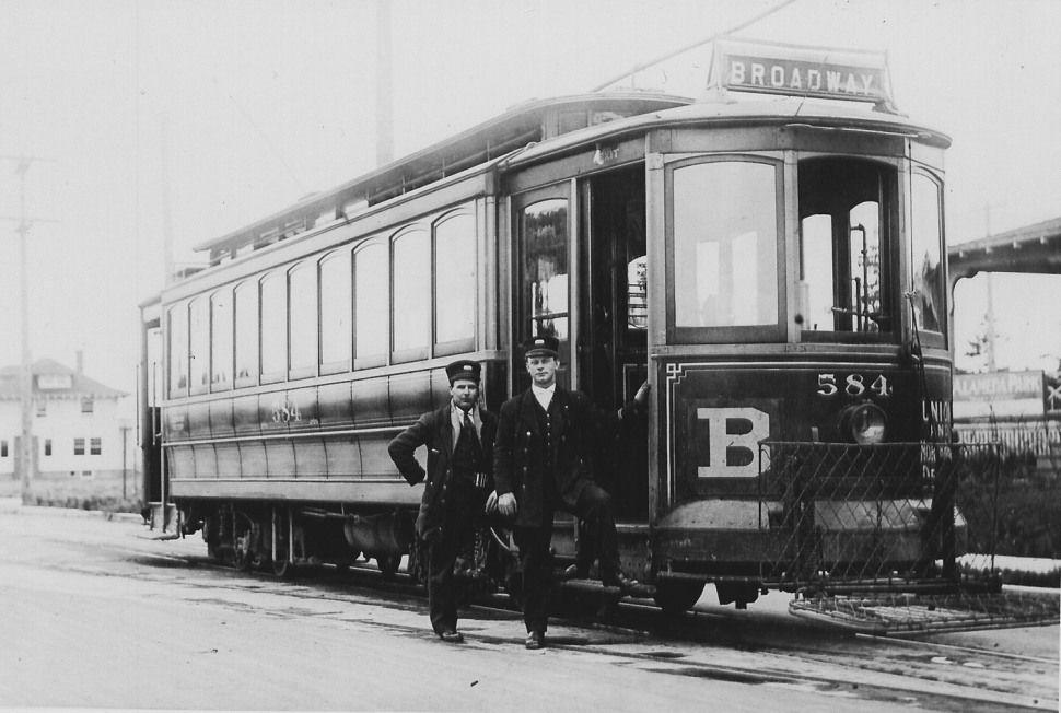 The Broadway Streetcar served Northeast Portland's Alameda