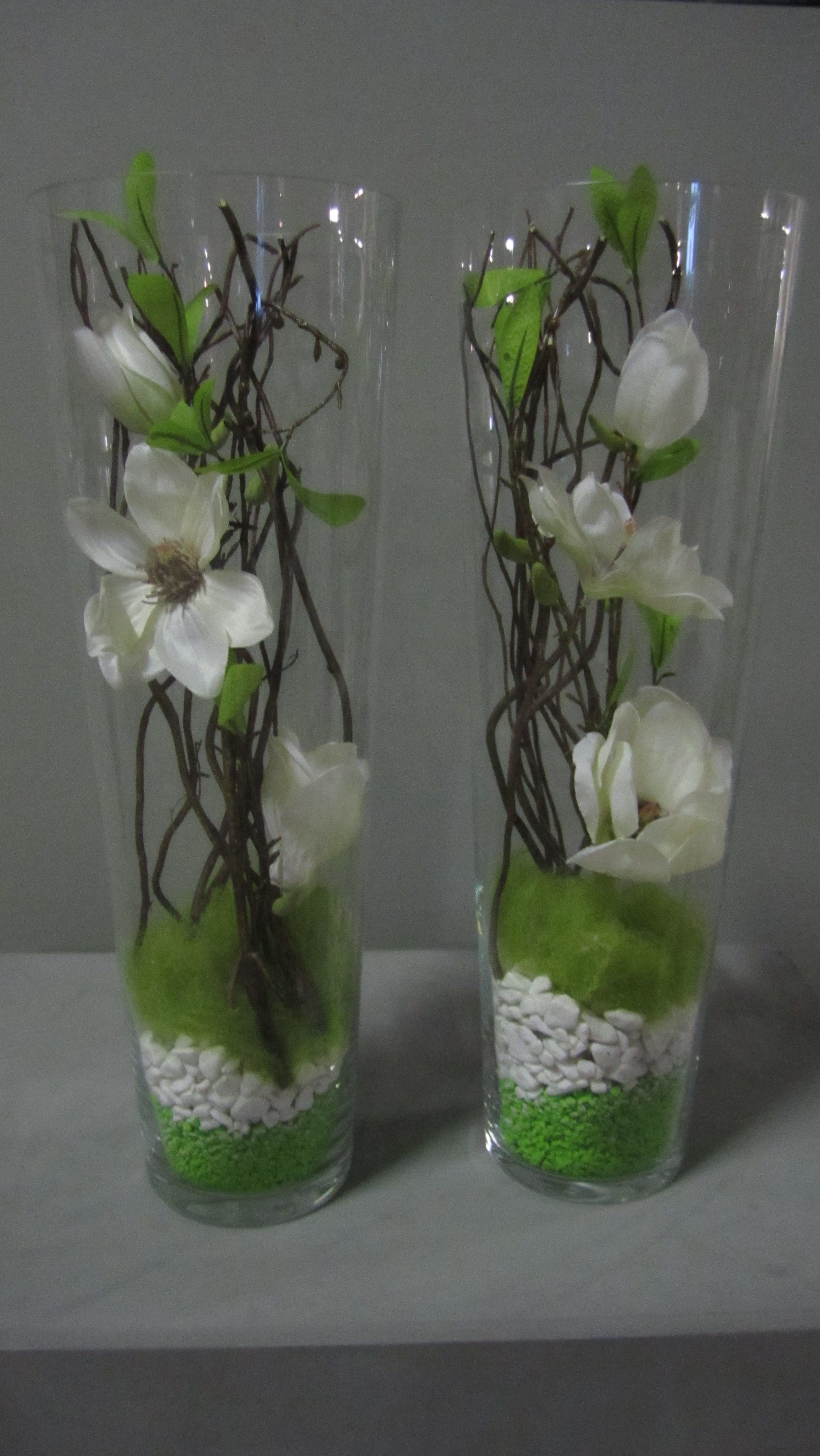 glazen smalle vaas op gemaakt met decoratiemateriaal deze materialen zijn te verkrijgen op. Black Bedroom Furniture Sets. Home Design Ideas