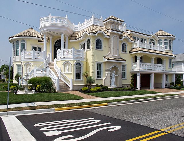 This Is A House Located In The Middle Cl Beach Community Of Wildwood Crest Nj While It Seems Obvious That Design Trying To Convey Extravagance