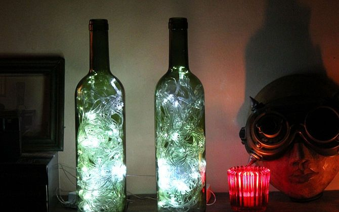 Cómo crear luces de acento decorativas con botellas de vino.