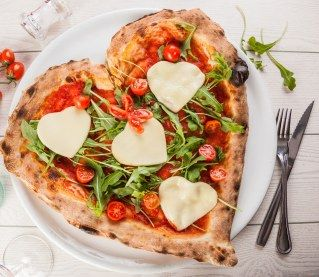 Photo of More than 30 heart-shaped dishes, perfect for Saint-V …