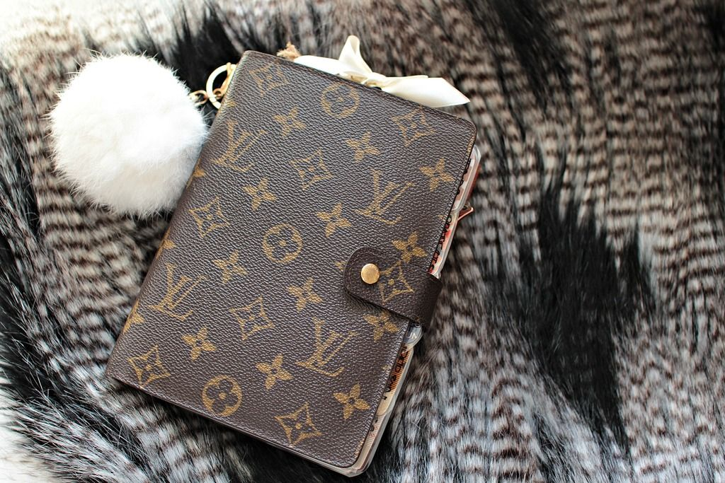 Meet the new member of my LV family. It's the most stylish and classic piece I have in my planner collection and can't get enough of it. I i...