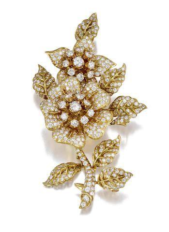 Pin på Unique diamond brooches