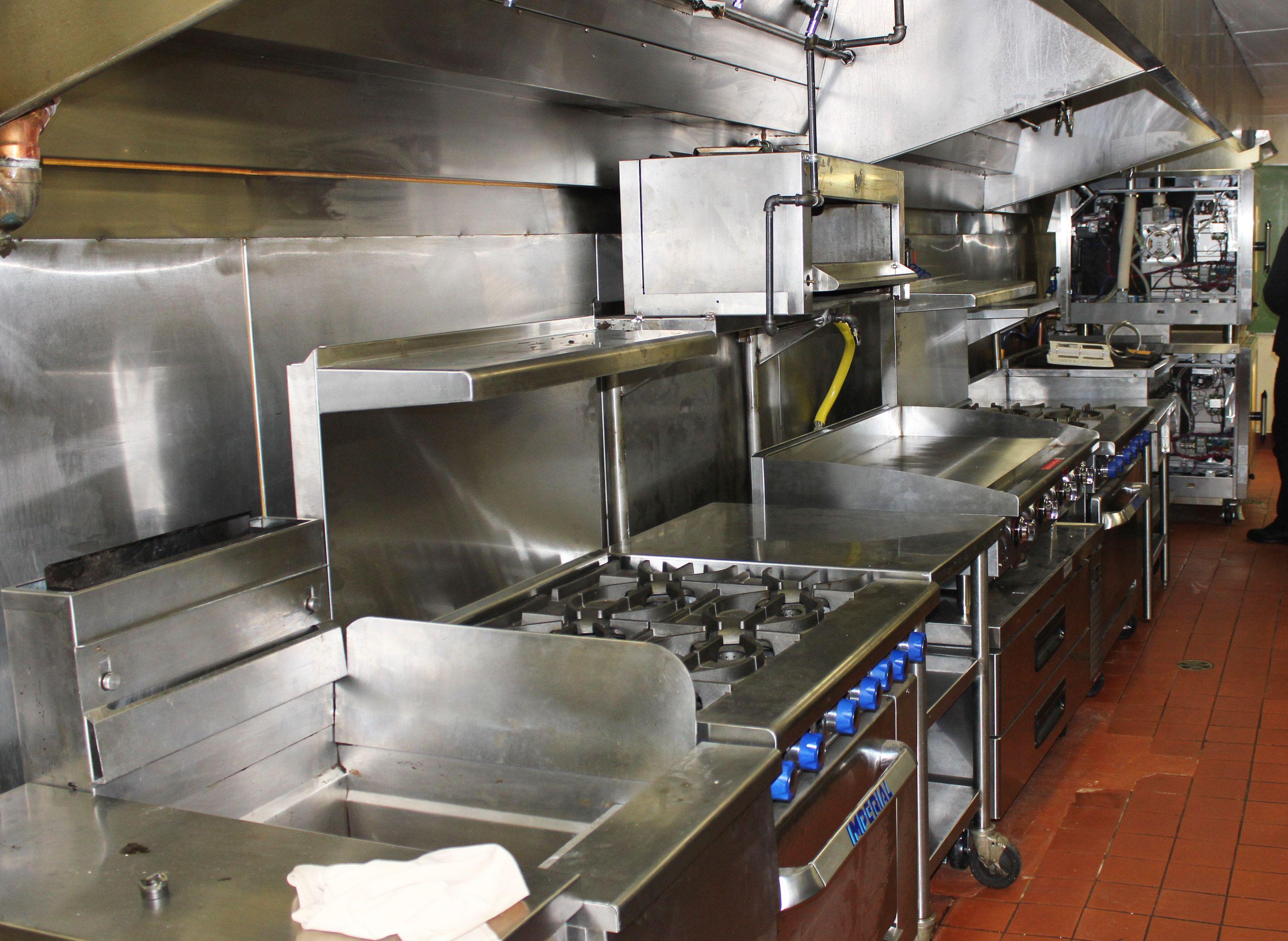 Installing #RestaurantEquipment @PinnacleVan  #ImperialRange #BlueAirRefrigeration #AltoShaamOven #StarMFG