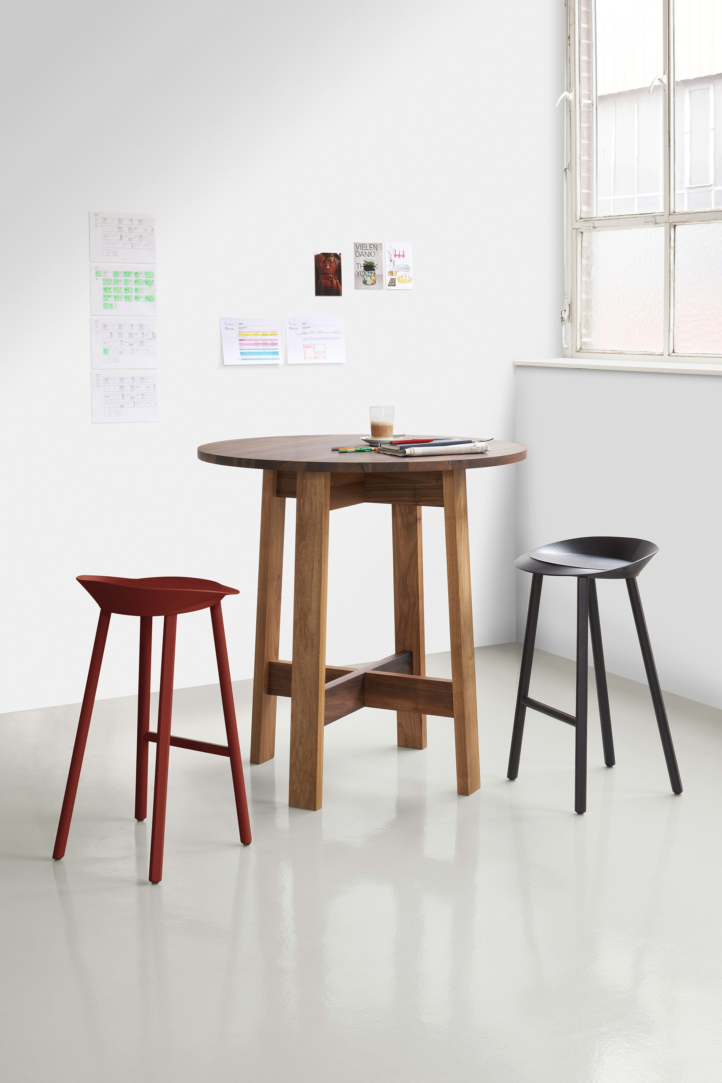 David Chipperfield Develops Basis Workstation For Furniture Company E15 High Table Furniture Patio Furniture Sets