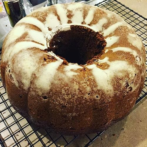 Date and Fig Applesauce Cake. Chopped dried dogs and pitted dates in my #BlendTec machine. Waiting for it to cool before glazing. #dates #figs #applesaucecake #bakeitforward #bakedgoods #ThanksgivingPrep #KitchenAidMixer #lovefood #dessert | Content shared via blendtec Inspiration Gallery