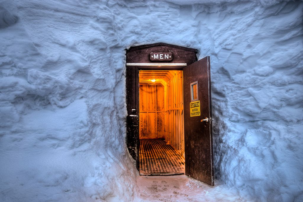 https://flic.kr/p/bLZRVT | Crater Lake Bathroom in Winter (Watch Your Step) | The snow tunnel leading to the Men's bathroom at Crater Lake.