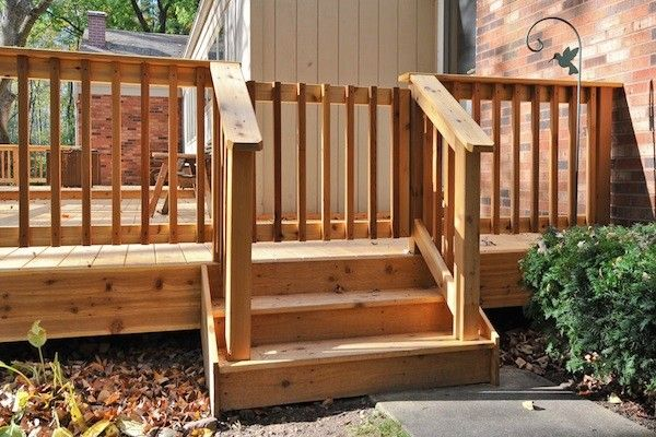 Cedar deck railing gate in marengo built by rock solid for Porch gate plans