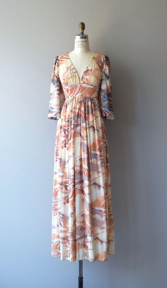 Vintage 1970s polyester/nylon maxi dress with super pretty landscape print…