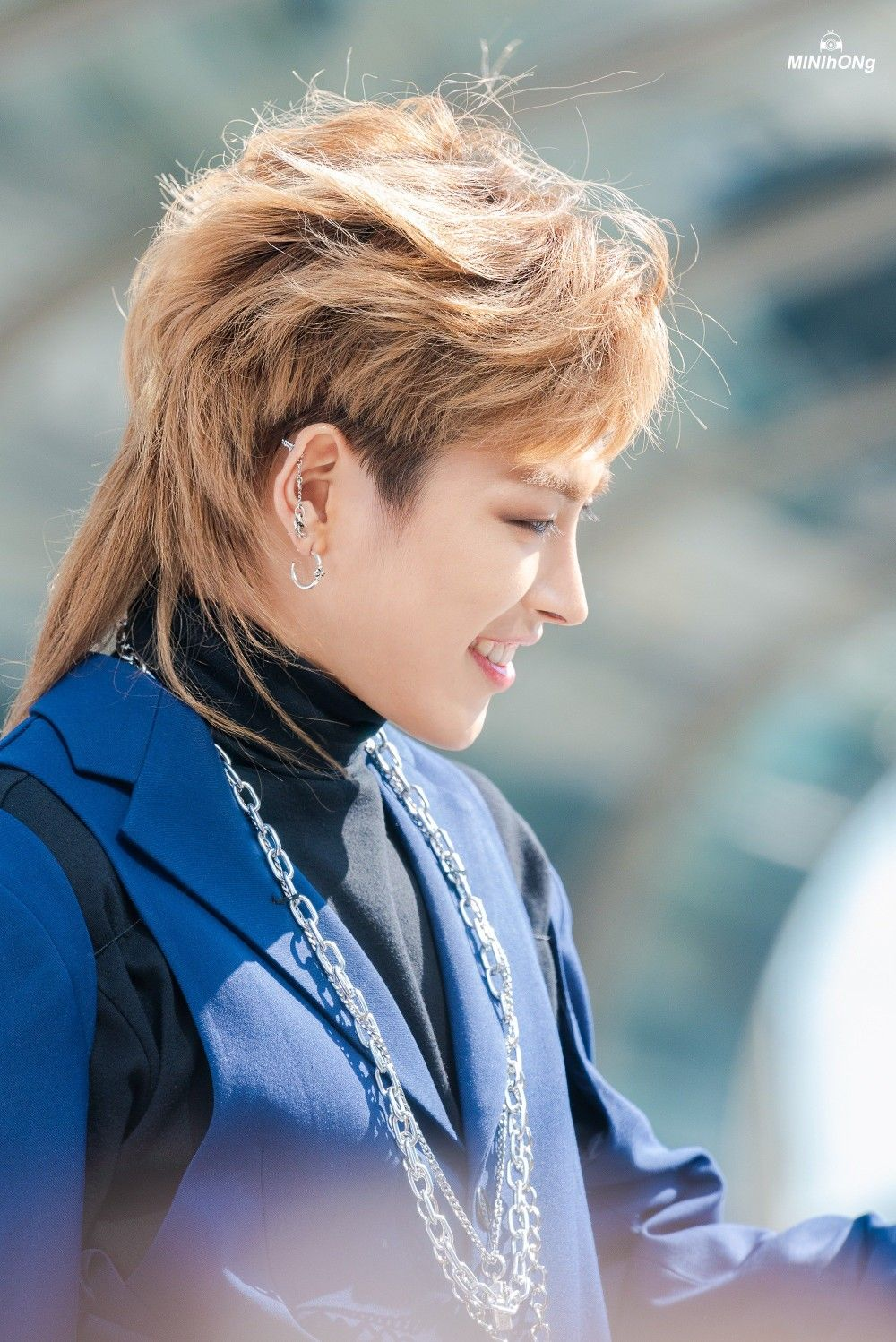 Pin by 𝙰_𝙰𝚃𝙸𝙽𝚈 on ATEEZ | Kim hongjoong, Mullet hairstyle ...